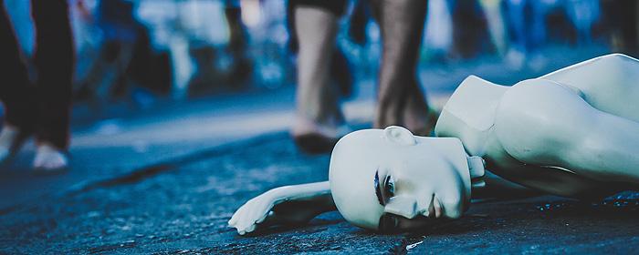 Aanhoudende hoge werkdruk eist zijn tol in de gezondheid en het welbevinden van menig gedreven medewerker. Opgebrand en uitgeput... Hoe kan dat toch? | Blog Patty Kruiswijk over burnout.